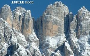 Torre d'Alleghe e Torre di Valgrande (foto Federico Rossetti, 2004)