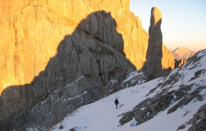 In cammino verso la Gusela del Vescovà - gruppo della Schiara (ph. P. della Putta ©)