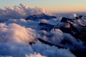 Come scogli sul mare di nuvole: Cima d'Asta e Lagorai dal Mulaz (Paolo Colombera ©)