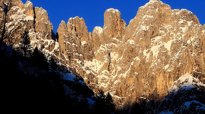 Le piu' belle immagini delle Dolomiti: la Torre dei Feruch nei Monti del Sole