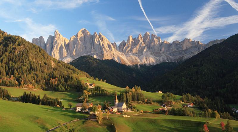 Le piu' belle immagini delle Dolomiti: il gruppo delle Odle