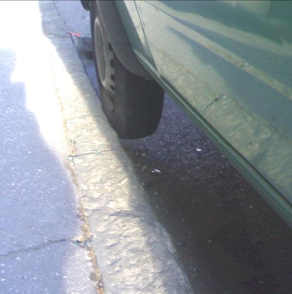 parcheggio_spalla_pneumatico7