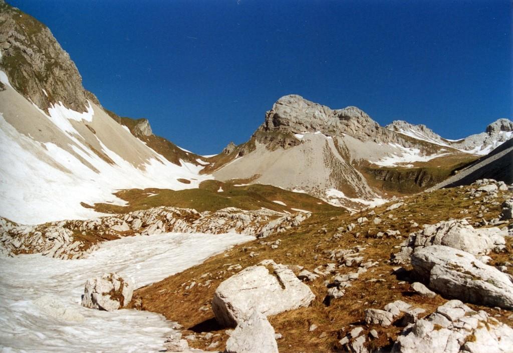 Monte talvena via normale alla cima for Planimetrie da 4000 piedi quadrati