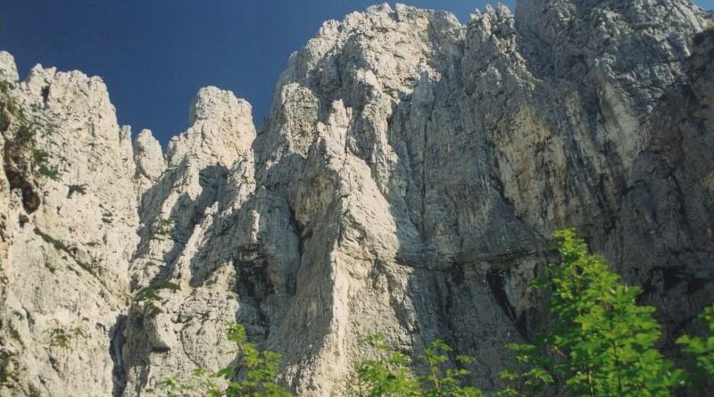 La Torre dei Feruch dal Circo della Borala
