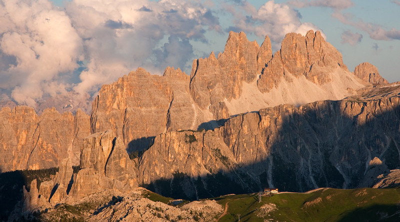 Le piu' belle immagini delle Dolomiti: la Croda da Lago