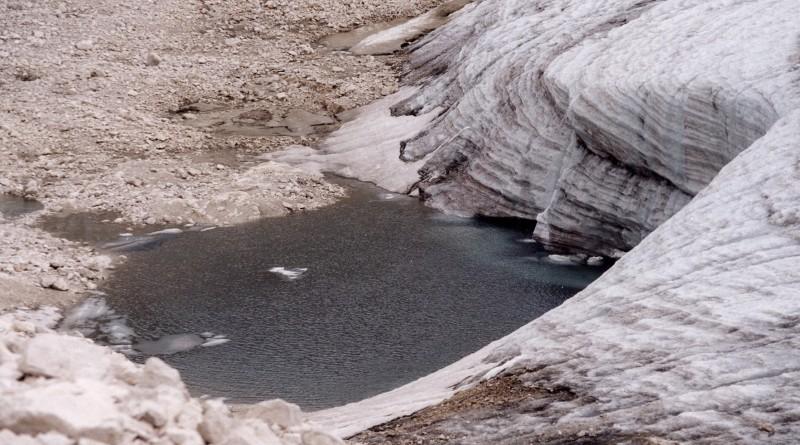 Il fronte del piccolo ghiacciaio della Fradusta, Pale di San Martino