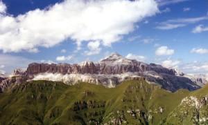 Il Piz Boè, uno dei più semplici tremila delle Dolomiti